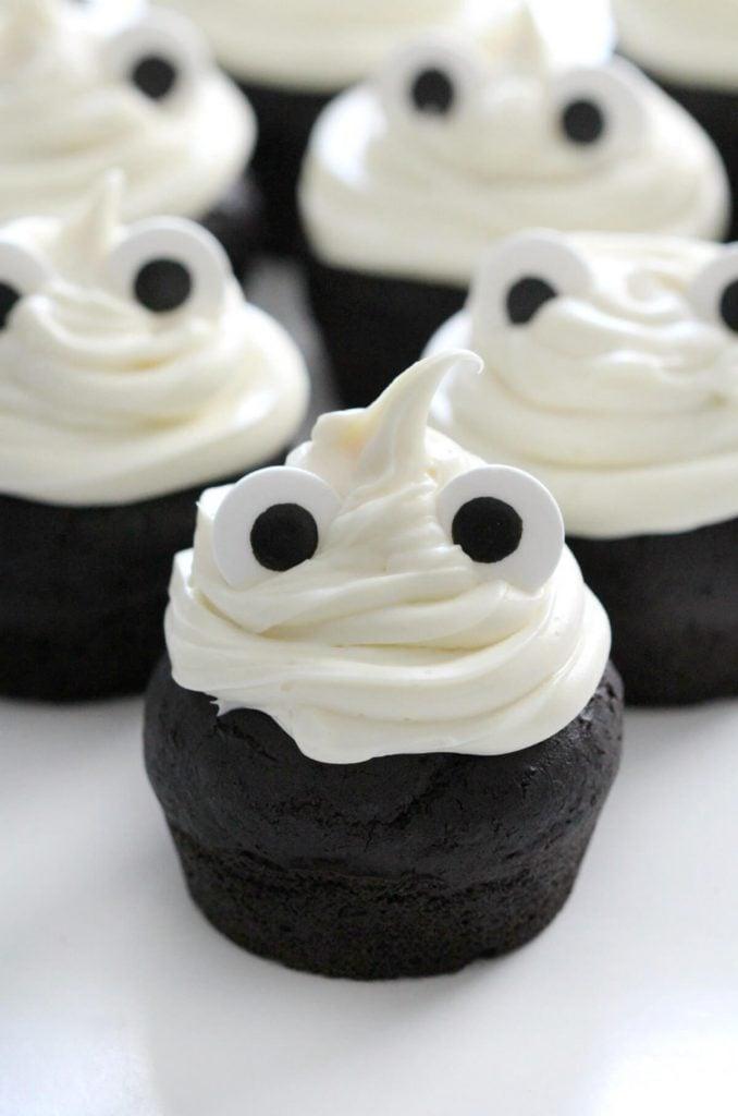 healthy halloween treat cupcakes