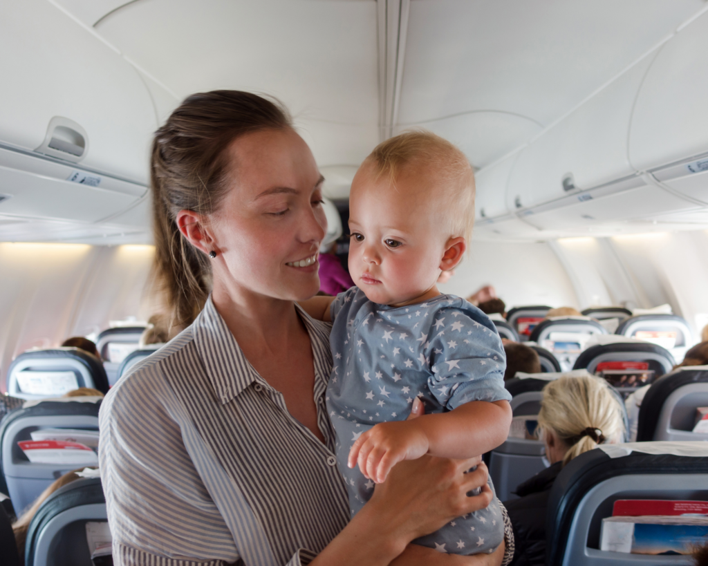 Great tips how to keep breast milk frozen while traveling, feeding your baby on the plane or road trips, and storing milk safely.