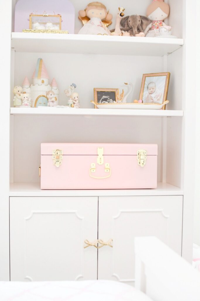 Creating a baby keepsake box can help to save and preserve those special memories from your baby's first year to cherish forever