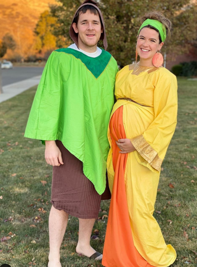 Lucky for you, I have rounded up some of my favorite maternity Halloween costumes for mom and dad! Choose your favorite and have fun!