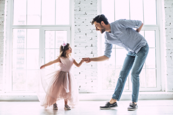 Finding yourself in need of some daddy daughter date ideas with your 5 year old little girl? I've got you covered with some simple, yet fun ideas.